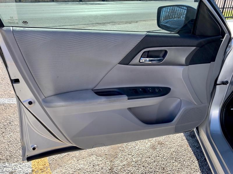 Honda Accord Sedan 2015 price $1,600 Down