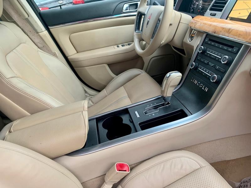 Lincoln MKS 2009 price $1,300 Down
