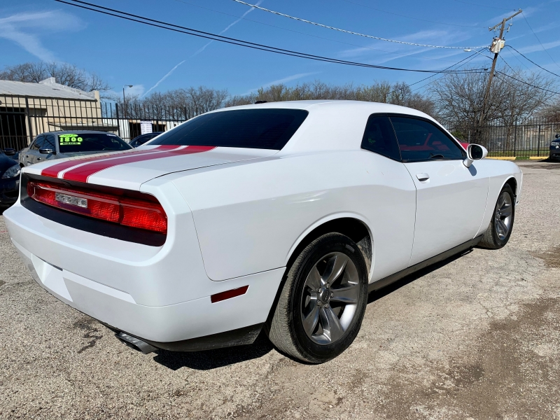 Dodge Challenger 2013 price $2,200 Down