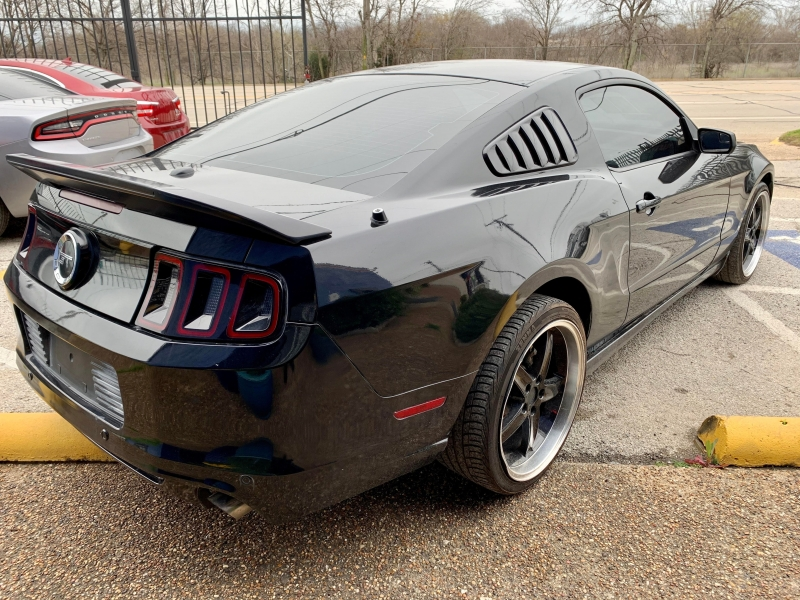 Ford Mustang 2013 price $2,200 Down