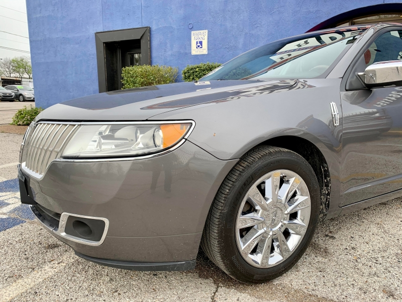 Lincoln MKZ 2011 price $1,400 Down
