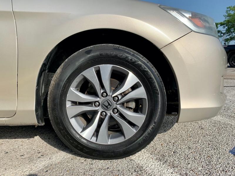 Honda Accord Sedan 2013 price $1,700 Down