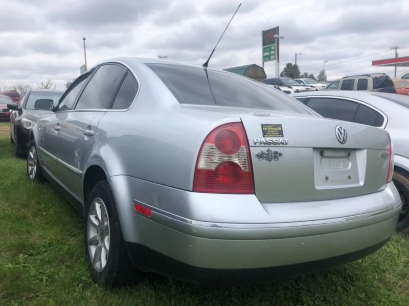 Volkswagen Passat Sedan 2004 price $2,500 Cash