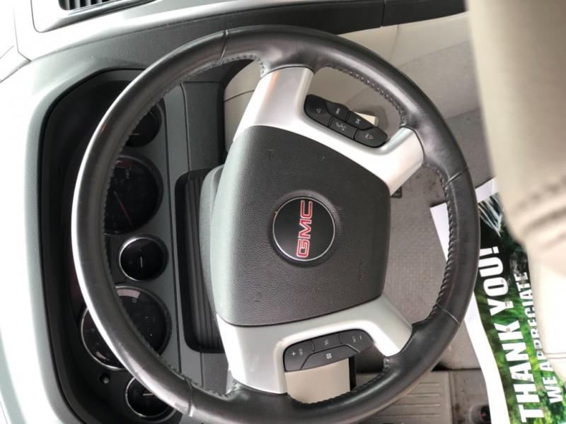 GMC Acadia 2011 price $11,999 Cash