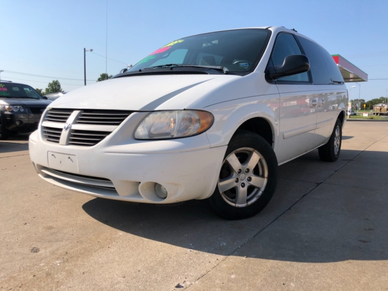 Dodge Caravan 2005 price 1999 DOWN PAYMENT