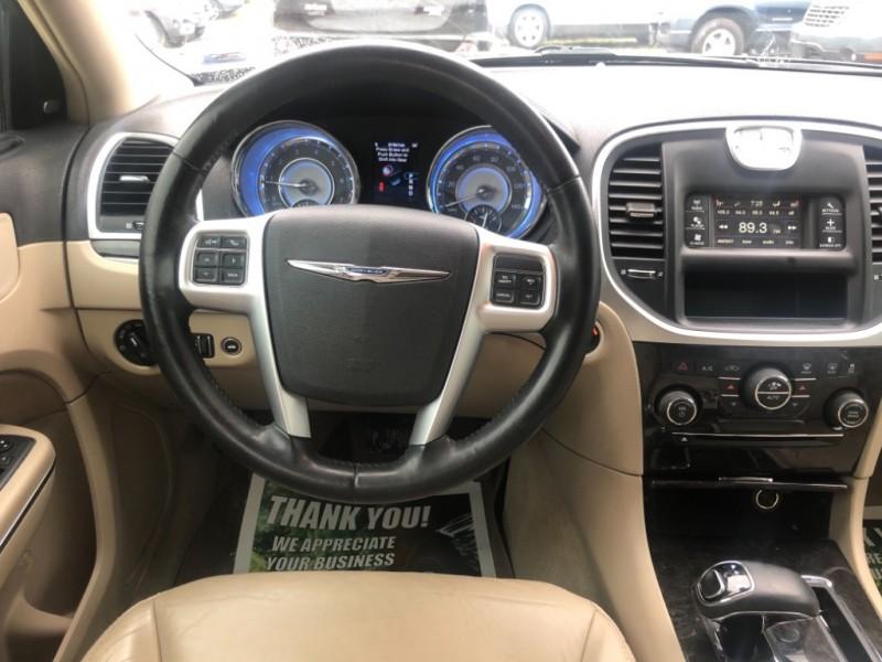 Chrysler 300 2012 price $10,999 Cash