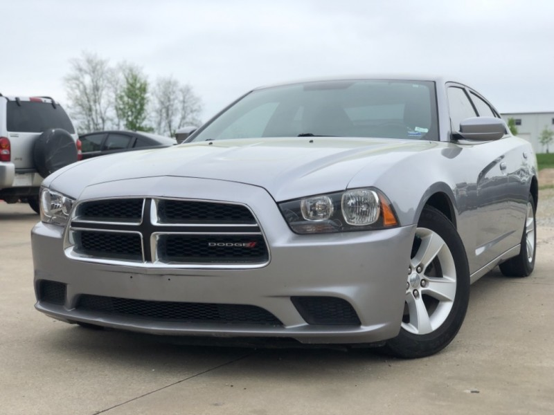 Dodge Charger 2013 price $9,998 Cash