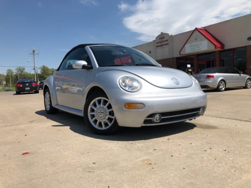 Volkswagen New Beetle Convertible 2004 price $4,999 Cash