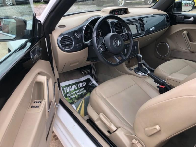 Volkswagen Beetle Convertible 2013 price $9,998 Cash