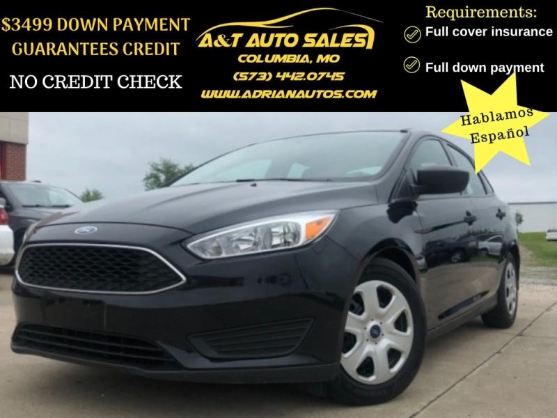 Ford Focus 2016 price $9,999 Cash