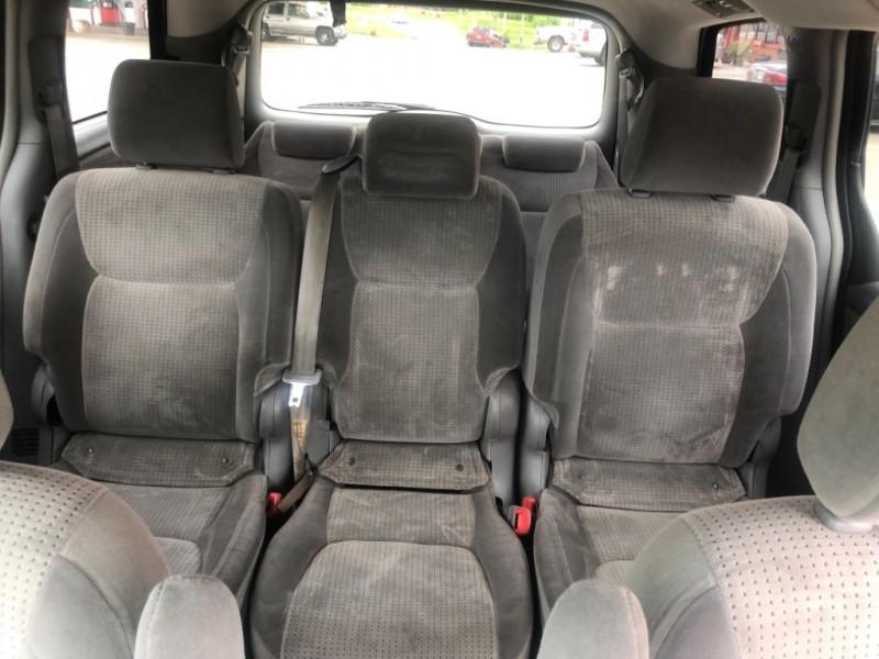 Toyota Sienna 2007 price $5,999 Cash