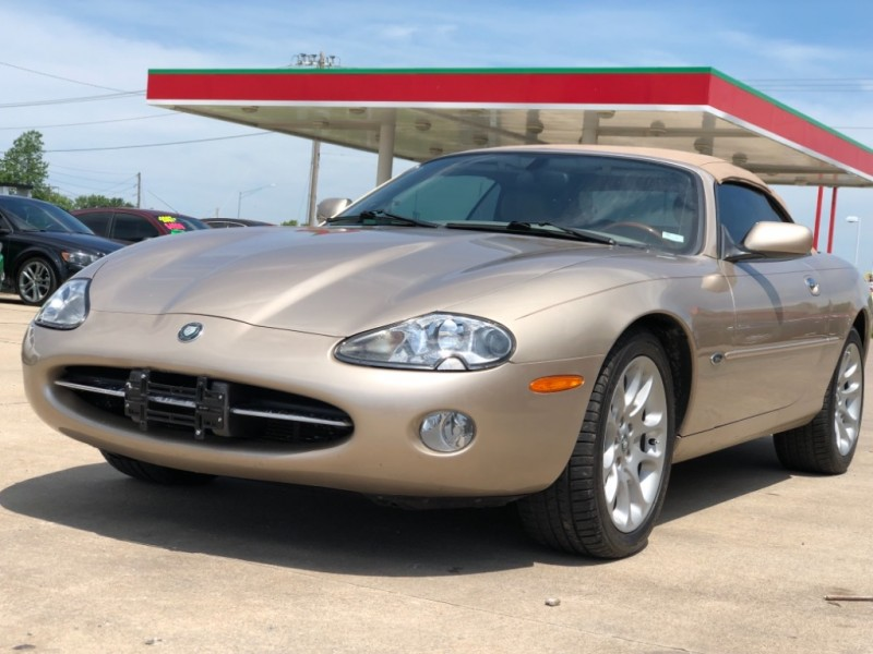 Jaguar XK8 2002 price $12999 Cash