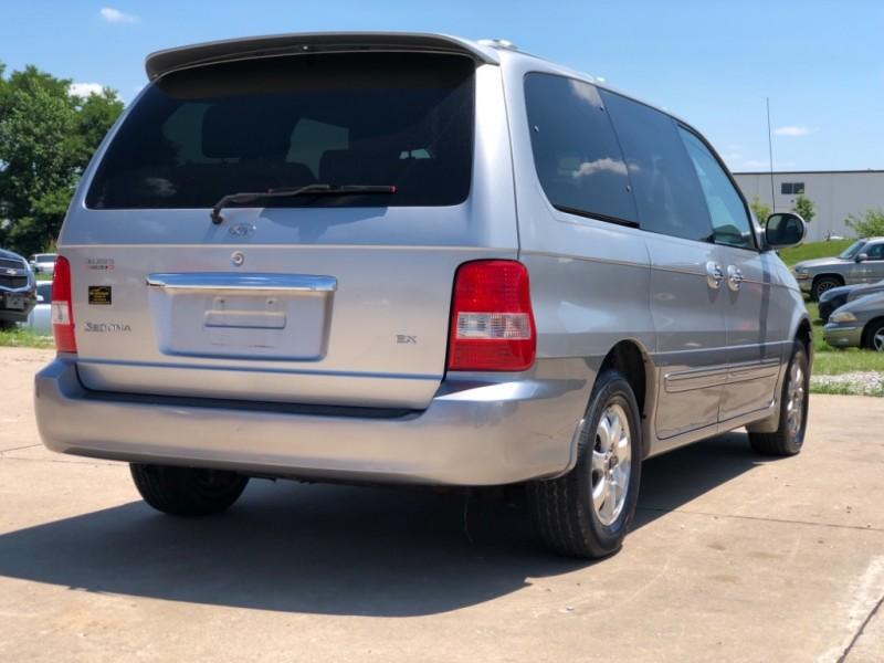 Kia Sedona 2005 price