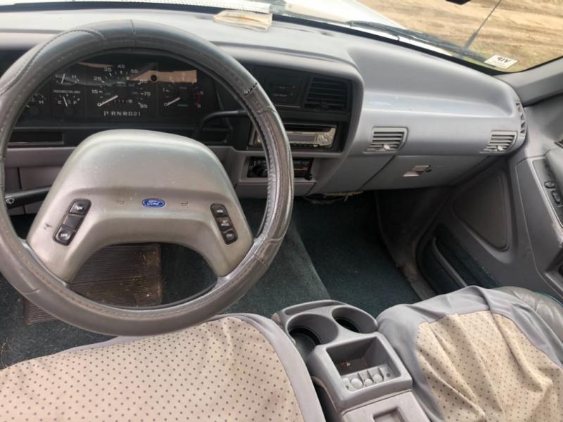 Ford Explorer 1993 price $1,500 Cash