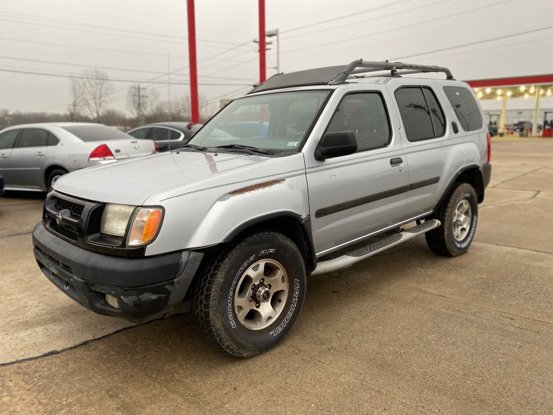 Nissan Xterra 2000 price $2999 CASH