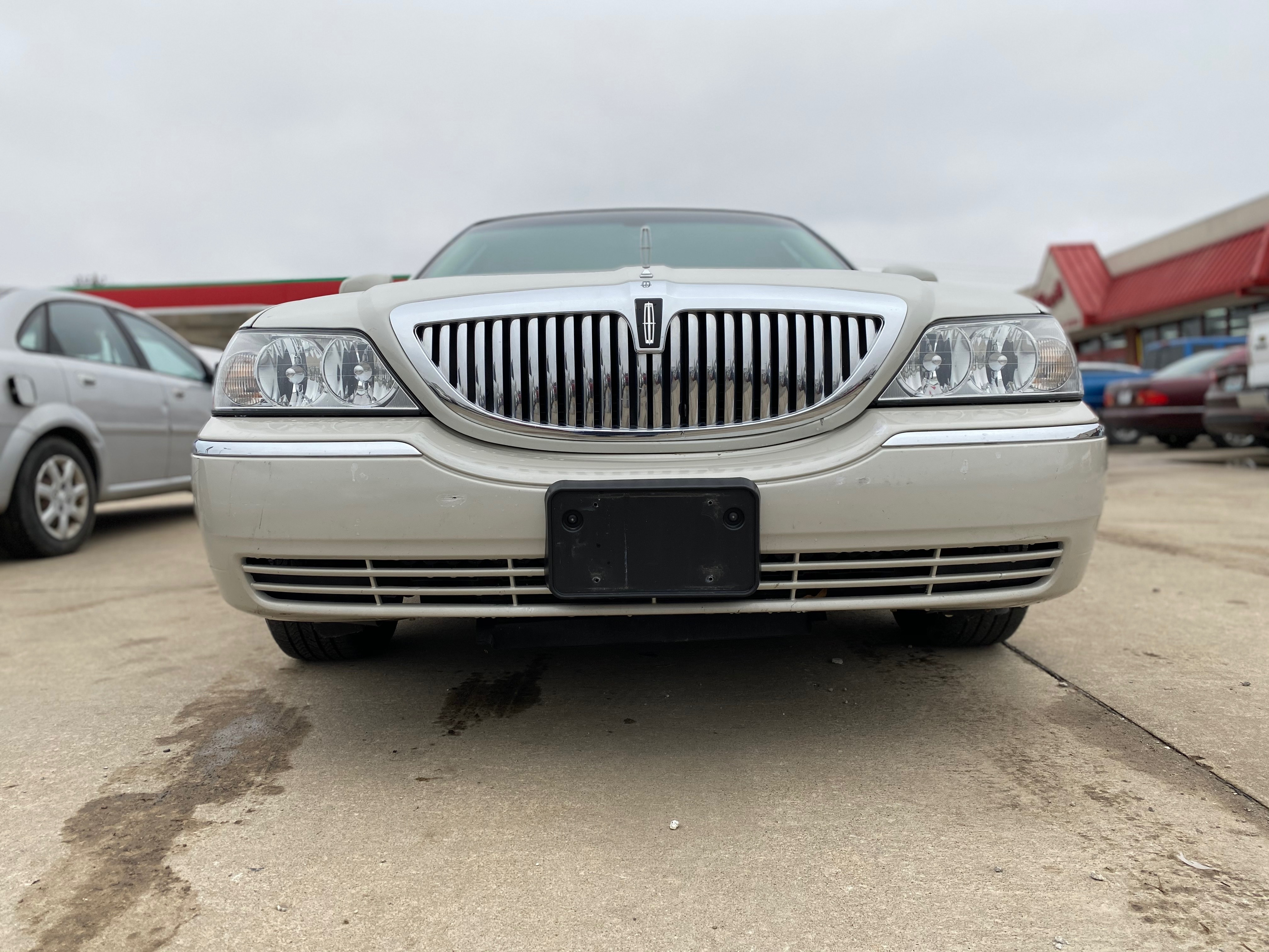 LH=RH Side Bumper Trim for 91 Lincoln Town Car Front