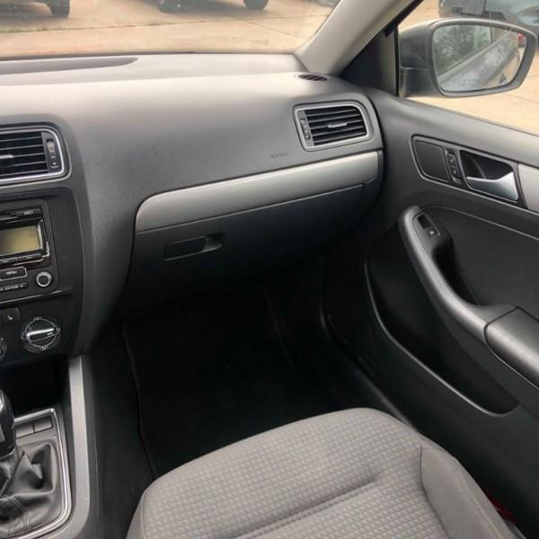 Volkswagen Jetta Sedan 2015 price $6,500