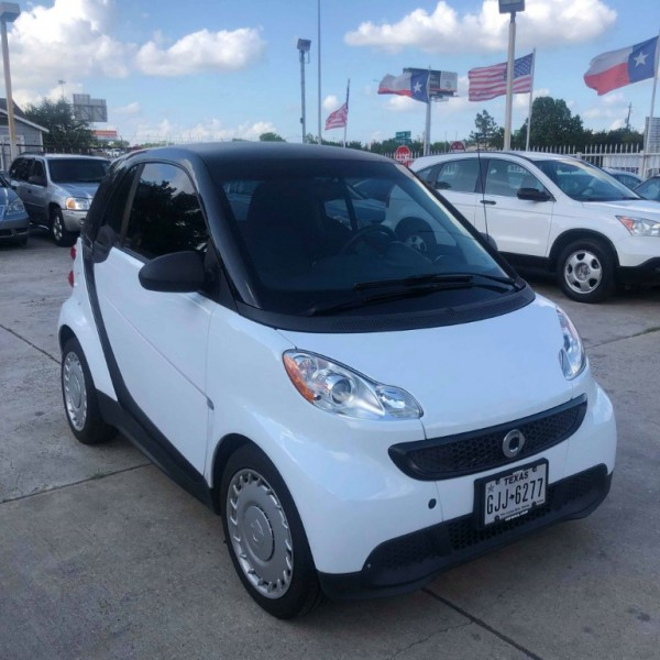 Smart fortwo 2013 price $4,250