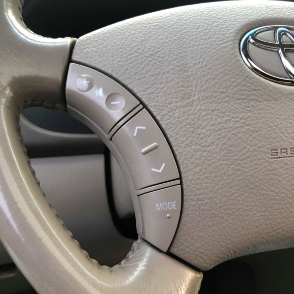 Toyota Sienna 2004 price $5,250
