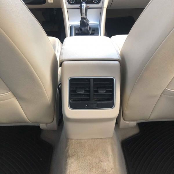 Volkswagen Passat 2013 price $8,999