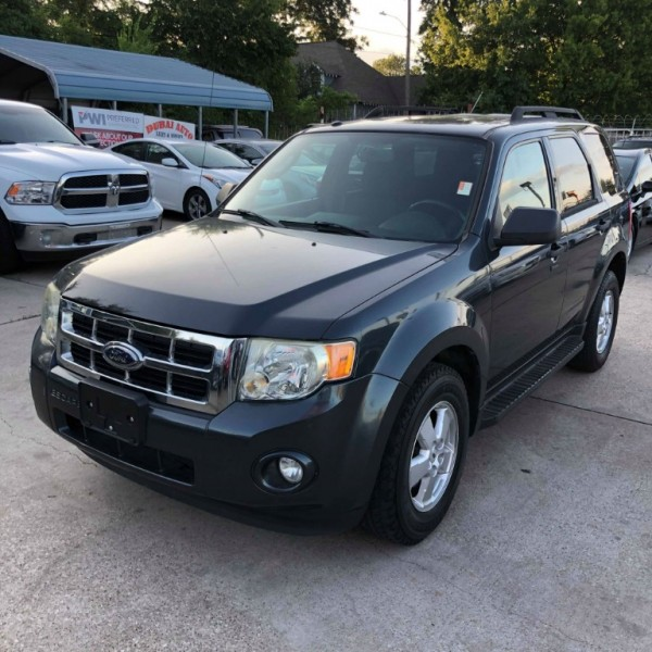 Ford Escape 2009 price $5,588