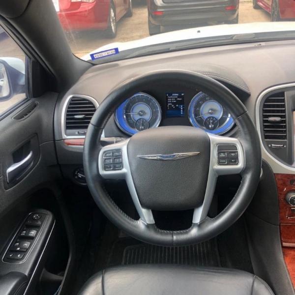 Chrysler 300 2014 price $9,500