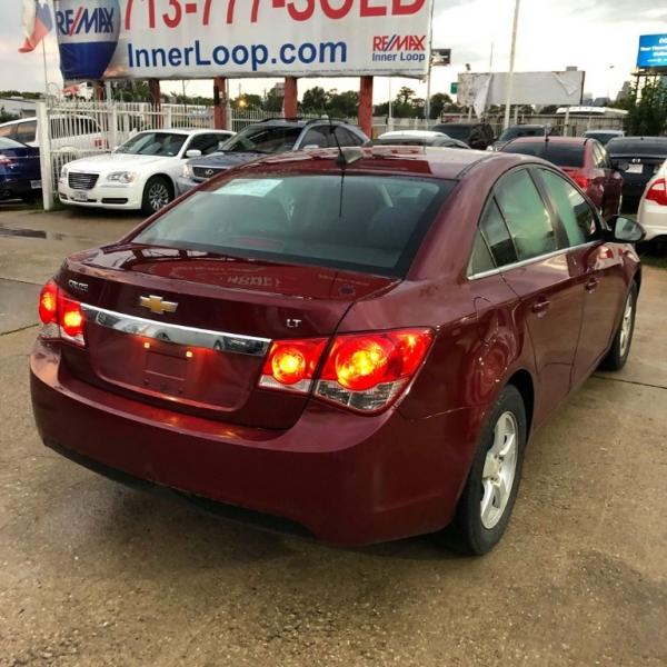Chevrolet Cruze 2015 price $8,876