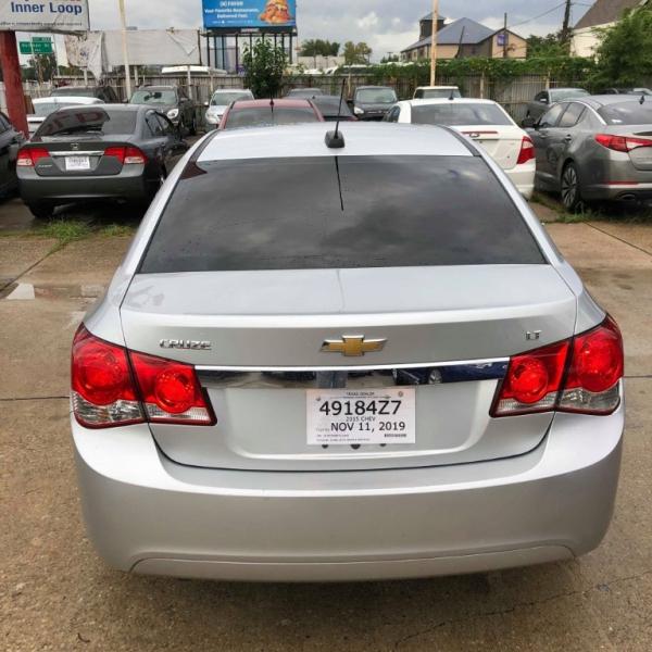 Chevrolet Cruze 2015 price $7,999