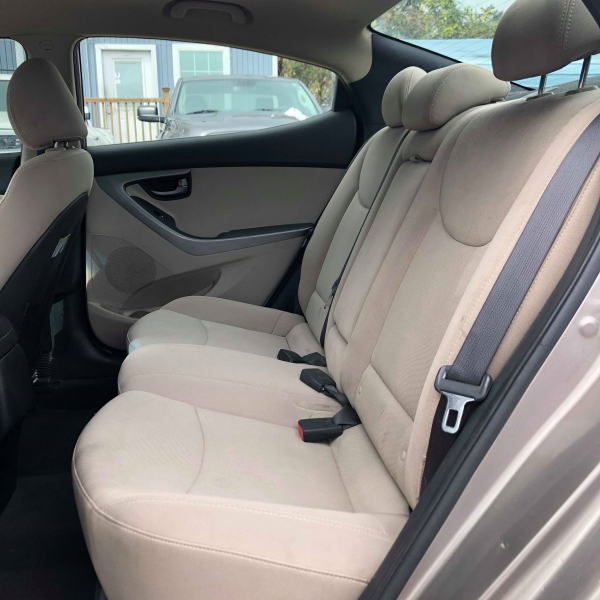 Hyundai Elantra 2014 price $5,900