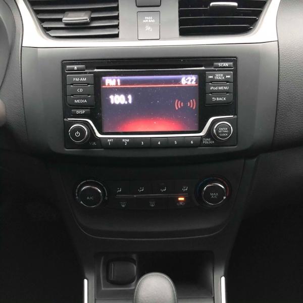 Nissan Sentra 2018 price $10,988