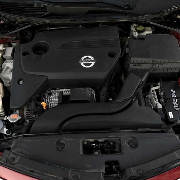 Nissan Altima 2015 price $7,688