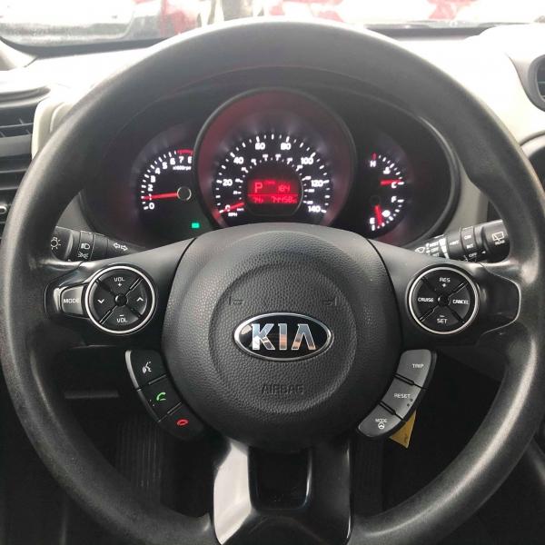 Kia Soul 2015 price $8,388