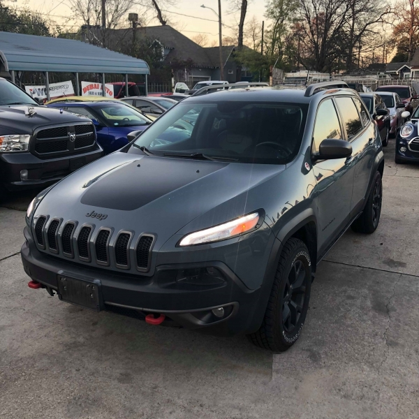 Jeep Cherokee 2014 price $13,988