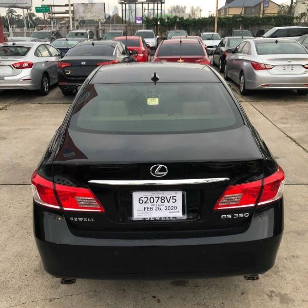 Lexus ES 350 2011 price $9,988