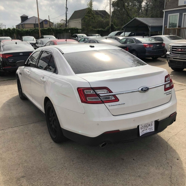 Ford Taurus 2014 price $7,888