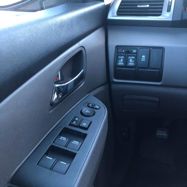 Honda Odyssey 2015 price $14,348