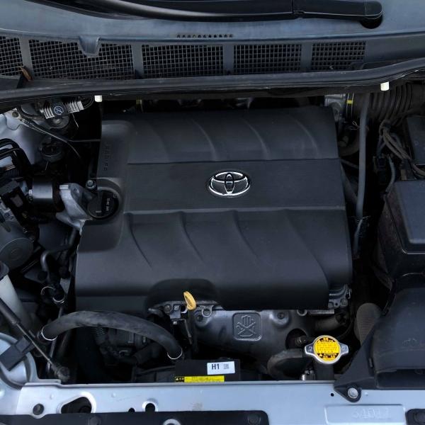 Toyota Sienna 2016 price $10,888
