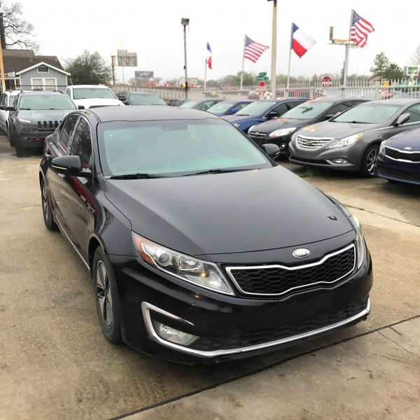 Kia Optima Hybrid 2013 price $6,788