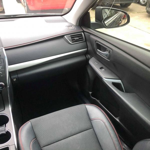 Toyota Camry 2016 price $12,788