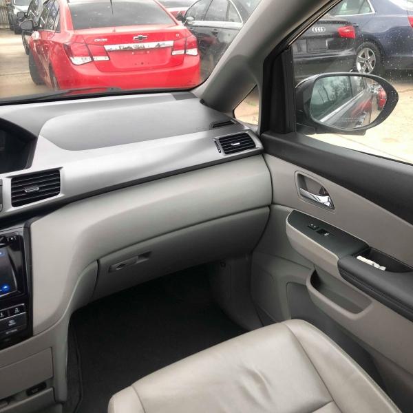 Honda Odyssey 2015 price $13,988