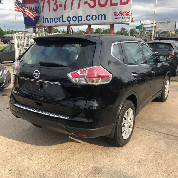 Nissan Rogue 2015 price $9,988