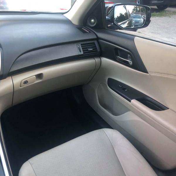 Honda Accord Sdn 2013 price $9,888