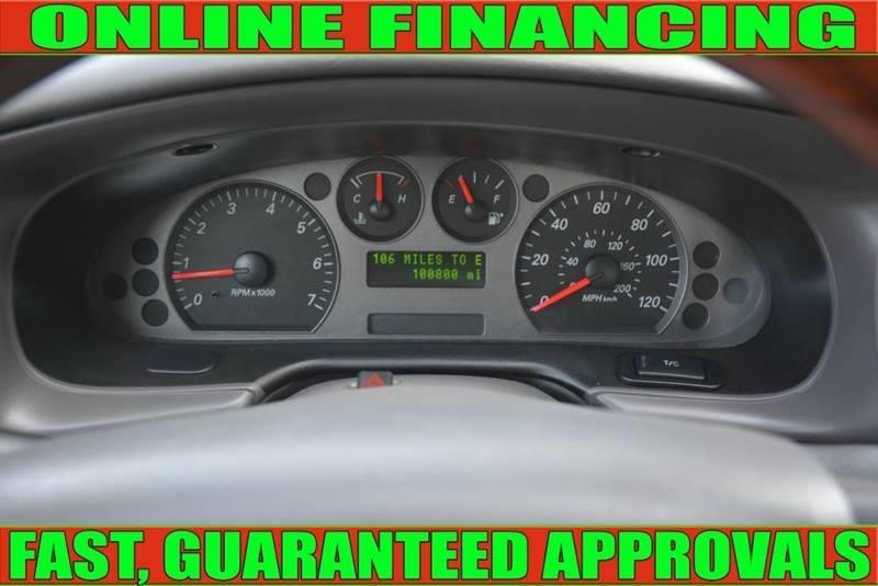 Ford Taurus 2005 price $3,905