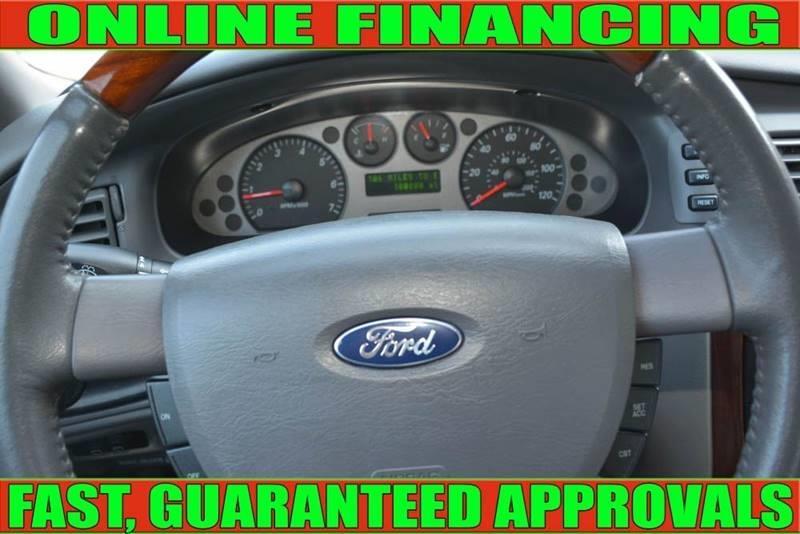 Ford Taurus 2005 price $3,890