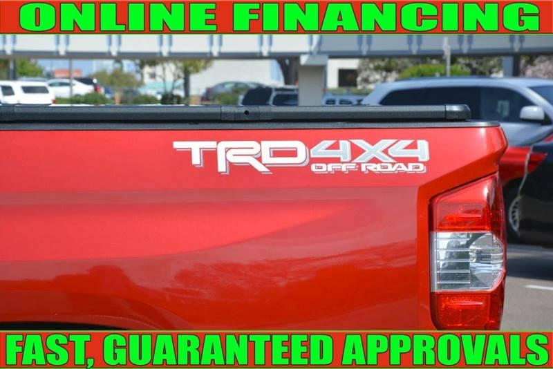 Toyota Tundra 2017 price $33,700