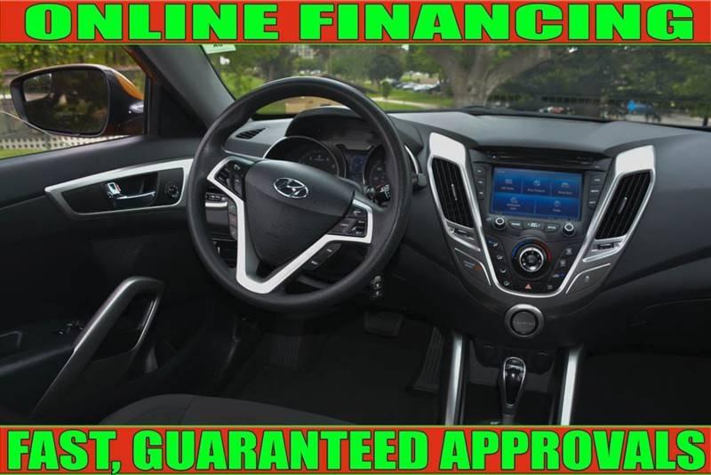Hyundai Veloster 2014 price $8,990