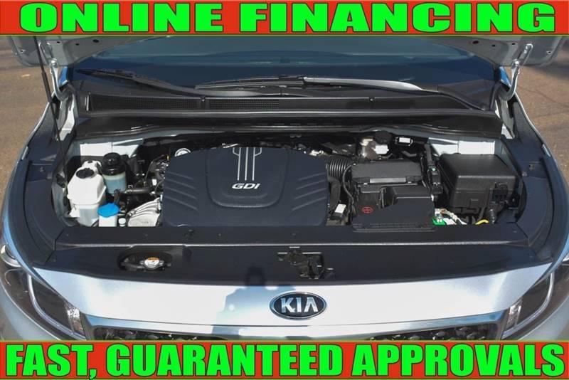 Kia Sedona 2016 price $16,990