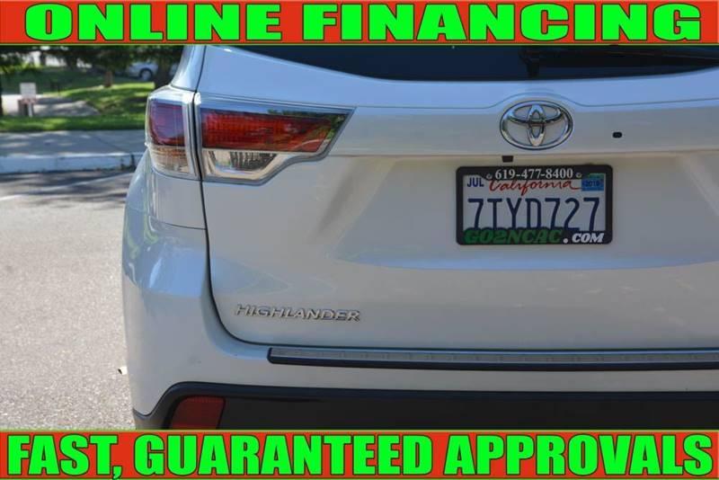 Toyota Highlander 2016 price $26,990