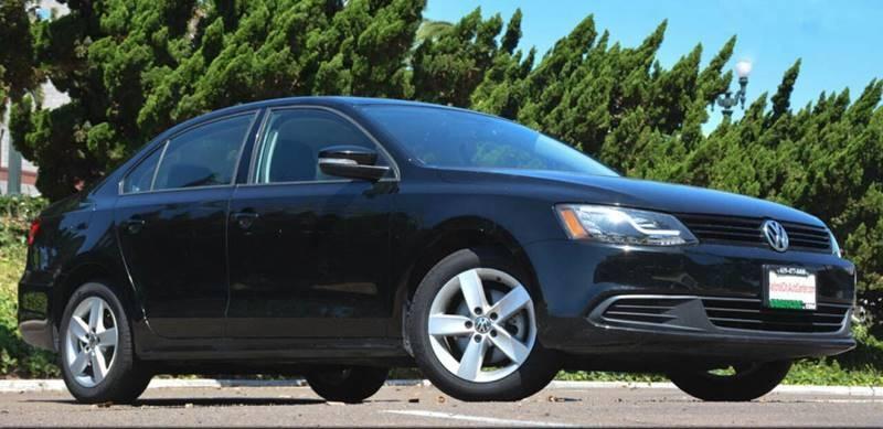 Volkswagen Jetta 2012 price $9,900