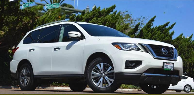 Nissan Pathfinder 2017 price $15,698